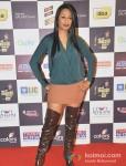 Kashmira Shah walk the Red Carpet of 'Mirchi Music Awards' 2013
