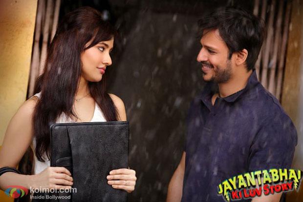 Still from Jayantabhai Ki Luv Story Movie