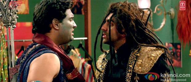 Kunaal Roy Kapur and Ayushmann Khurrana in a still from Nautanki Saala Movie