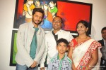 Riteish Deshmukh inaugurates a painting exhibition Pic 4