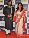 Roop Kumar Rathod with wife Sunali Rathod walk the Red Carpet of 'Mirchi Music Awards' 2013