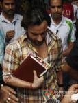 Saif Ali Khan shoot for 'Bullet Raja' in Kolkata Pic 3