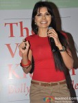 Sherlyn Chopra launches 'The Vegan Kitchen: Hollywood Style!' Book Pic 4