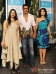 Tanisha Mukherjee, Ajay Devgan, Kajol Devgn at the Zee TV 20 Yrs Celebration Party