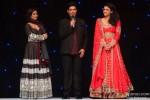 Parineeti Chopra and Urmila Matondkar with Manish Malhotra Sizzle The Ramp in London Pic 2