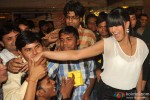Veena Malik gets kissed by 100 men on her birthday Pic 3