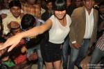 Veena Malik gets kissed by 100 men on her birthday Pic 5