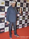 Vikram Bhatt walk the Red Carpet of 'Mirchi Music Awards' 2013