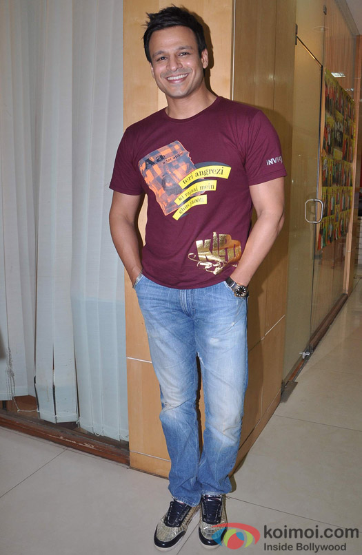 Vivek Oberoi poses during the promotion of film Kismet Love Paisa Dilli
