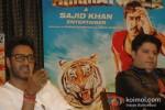 Ajay Devgan And Sajid Khan At Himmatwala Press Conference in Bangalore Pic 1
