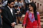 Arshad Warsi and Amrita Rao In Jolly LLB Movie Stills Pic 3
