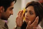 Ayushmann Khurrana and Pooja Salvi in Nautanki Saala Movie Stills Pic 1
