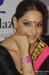 Bipasha Basu promote 'Aatma' in Kolkata Pic 3
