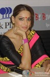 Bipasha Basu promote 'Aatma' in Kolkata Pic 1