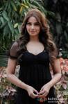 Bipasha Basu promotes 'Aatma' on the sets of Tv show Arjun Pic 4
