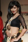 Chitrangada Singh scorches the ramp at 'Lakme Fashion Week 2013' Pic 1