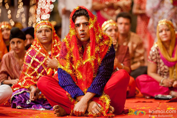 Saqib Saleem in a still from Mere Dad Ki Maruti Movie