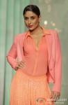 Kareena Kapoor walks the ramp at 'Lakme Fashion Week 2013' - Last Day Pic 3