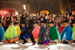 Madhuri Dixit and Ranbir Kapoor dance to the tunes of 'Ghagra' song from Yeh Jawaani Hai Deewani Movie Stills
