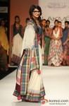 Prachi Desai walks the ramp at 'Lakme Fashion Week 2013' Pic 3