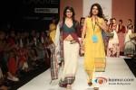 Prachi Desai walks the ramp at 'Lakme Fashion Week 2013' Pic 7