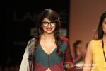Prachi Desai walks the ramp at 'Lakme Fashion Week 2013' Pic 6