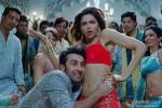 Ranbir Kapoor and Deepika Padukone in Yeh Jawaani Hai Deewani Movie Stills Pic 4