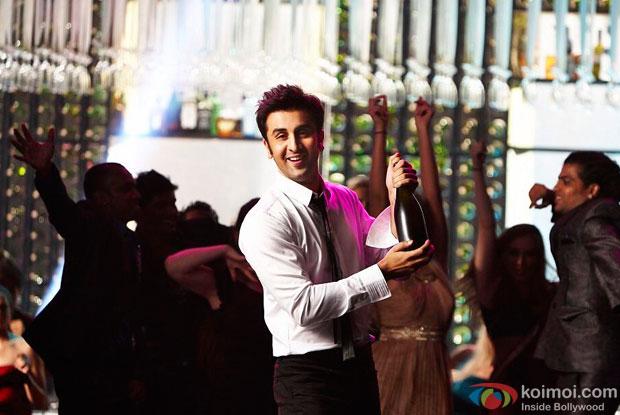Ranbir Kapoor in a still from Yeh Jawaani Hai Deewani Movie