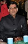 Ravi Kishan on The Sets Of 'Bhajathe Raho'