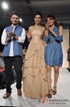 Sonal Chauhan walks the ramp at Talent Box Show Pic 3