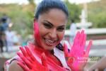 Veena Malik Playing Colour Holi Pic 5