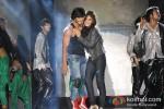 Vidyut Jamwal And Pooja Chopra performs stunts at 'Commando' music launch Pic 1