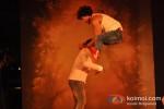 Vidyut Jamwal performs stunts at 'Commando' music launch Pic 1