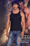 Vidyut Jamwal performs stunts at 'Commando' music launch Pic 4