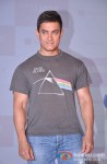 Aamir Khan meets winners of Microsoft-Talaash contest Pic 3
