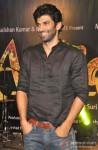Aditya Roy Kapur A musical time at Aashiqui 2 Music Concert Pic 1
