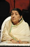 Lata Mangeshkar At Master Dinanath Mangeshkar Award ceremony 2013 Pic 1
