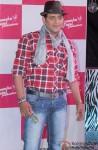 Ravi Kishan at Launch of Ameesha Patel Productions' Desi Magic