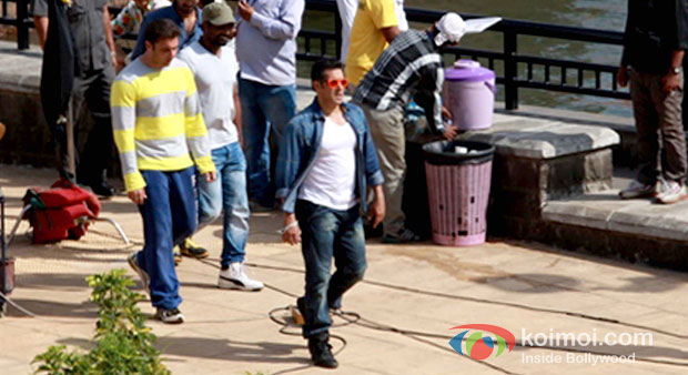 Salman Khan spotted in Lavasa shooting for 'Mental'