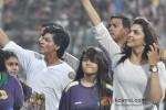 Shah Rukh Khan And Deepika Paduone at IPL Match - KKR vs Delhi Daredevils Pic 1