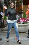 Sunidhi Chauhan arrive in Vancouver for TOIFA 2013