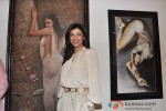 Sushmita Sen at Gautam Patole's art exhibition 'WOMEN AND WE MEN' Pic 2