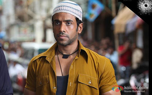 Tusshar Kapoor in Shootout At Wadala Movie Stills