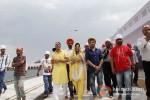 Veena Malik snapped at Gurudwara Pic 10