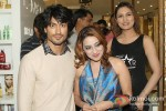 Vidyut Jamwal And Aashmeen Munjal Promote 'Commando' Pic 2