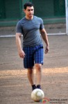 Aamir Khan snapped playing Football Pic 2