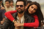 Abhay Deol and Sonam Kapoor in Raanjhanaa Movie Stills Pic 1