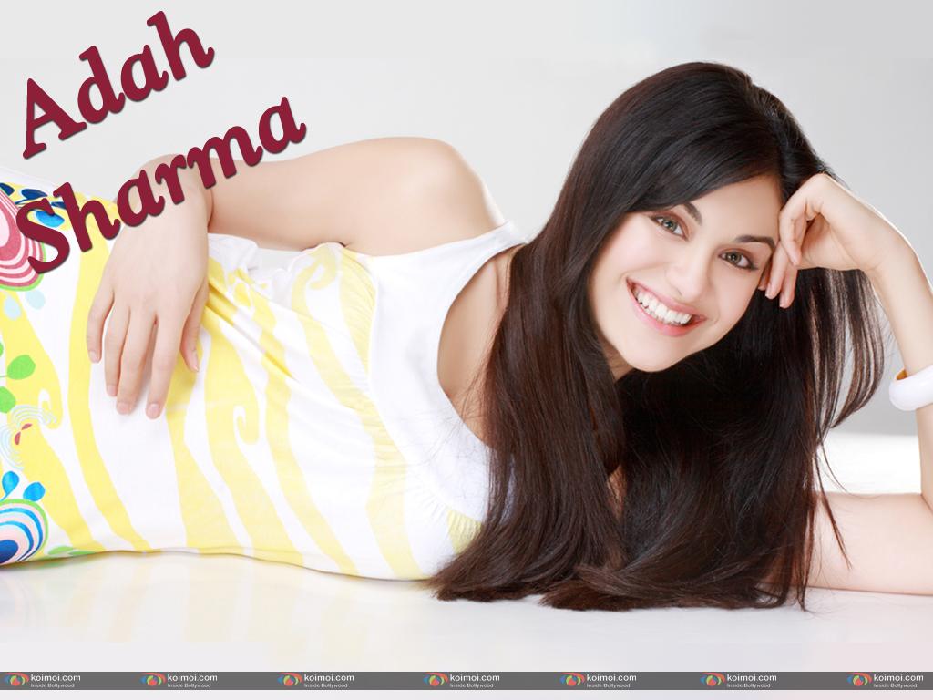 Adah Sharma Wallpaper 2