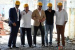 Arjun Kapoor, Rishi Kapoor, Jackie Shroff and Prithviraj Sukumaran during Aurangzeb's Press Meet at a Construction Site Pic 2