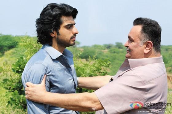 Arjun Kapoor and Rishi Kapoor in Aurangzeb Movie Stills